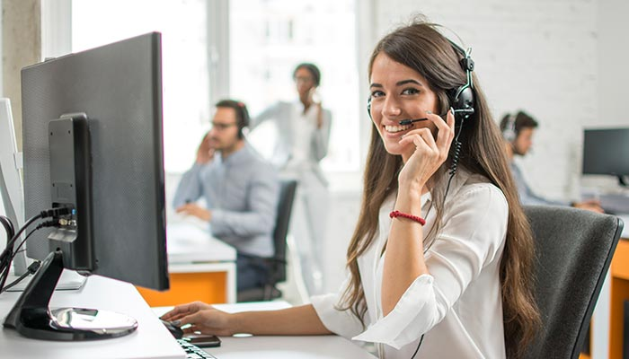 Office trainee offering great telephone service for marketing business
